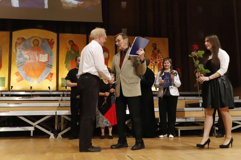 Dyrygent Wiktor Maslennikow na scenie