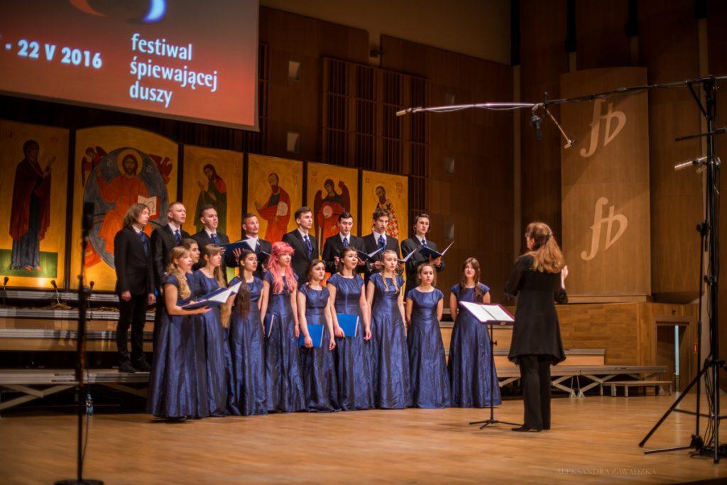 Chór Młodzieżowego Domu Kultury w Białymstoku