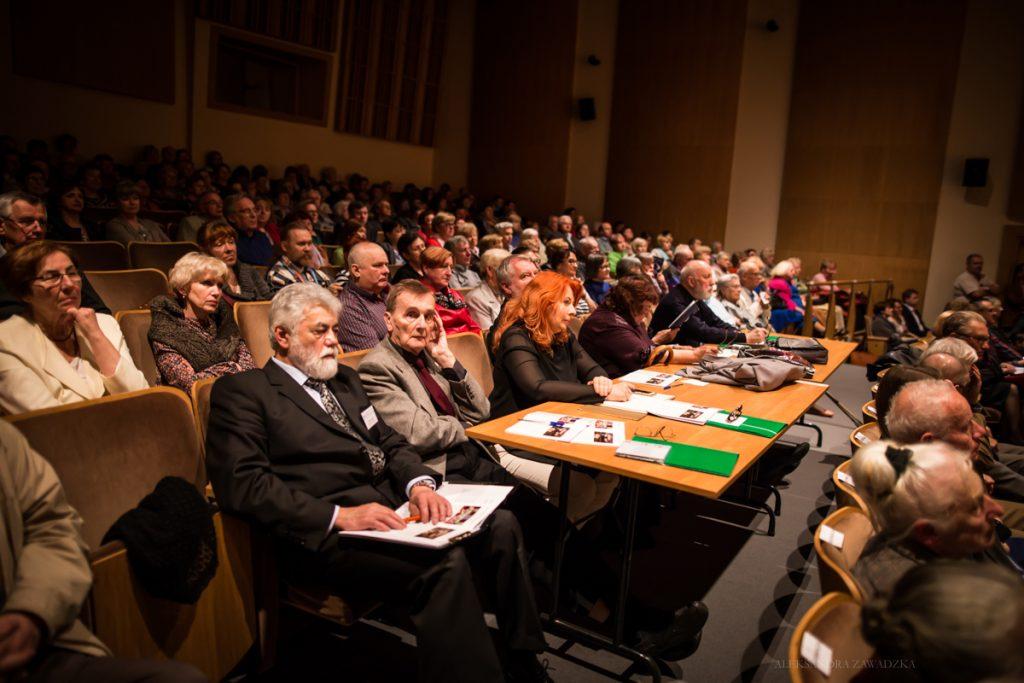 Jury Festiwalu razem z dyrektorem Festiwalu Mikołajem Buszko